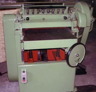 自動かんな盤 伴鉄工所 PL-16 A