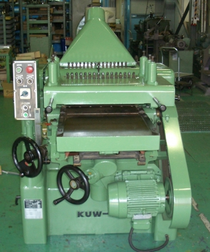 自動二面カンナ盤 桑原製作所 KUW16DX A