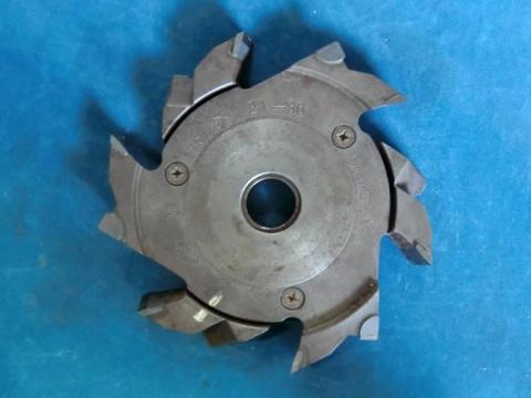 調整式ラジアルカッター 兼房 21-36mm(調整式) 現状渡し