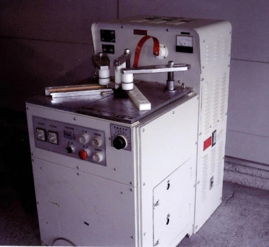 高周波枠組接着機 山本ビニター MCY-3 B